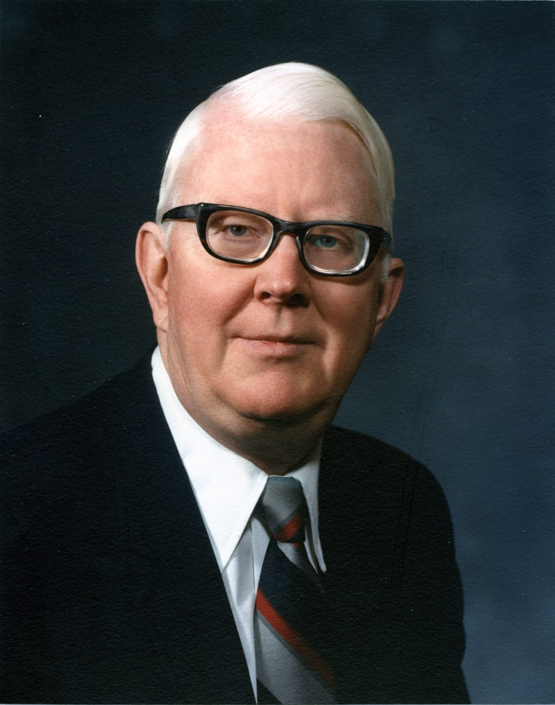 Dean Orrin Helstad