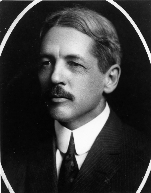 Dean Harry S. Richards