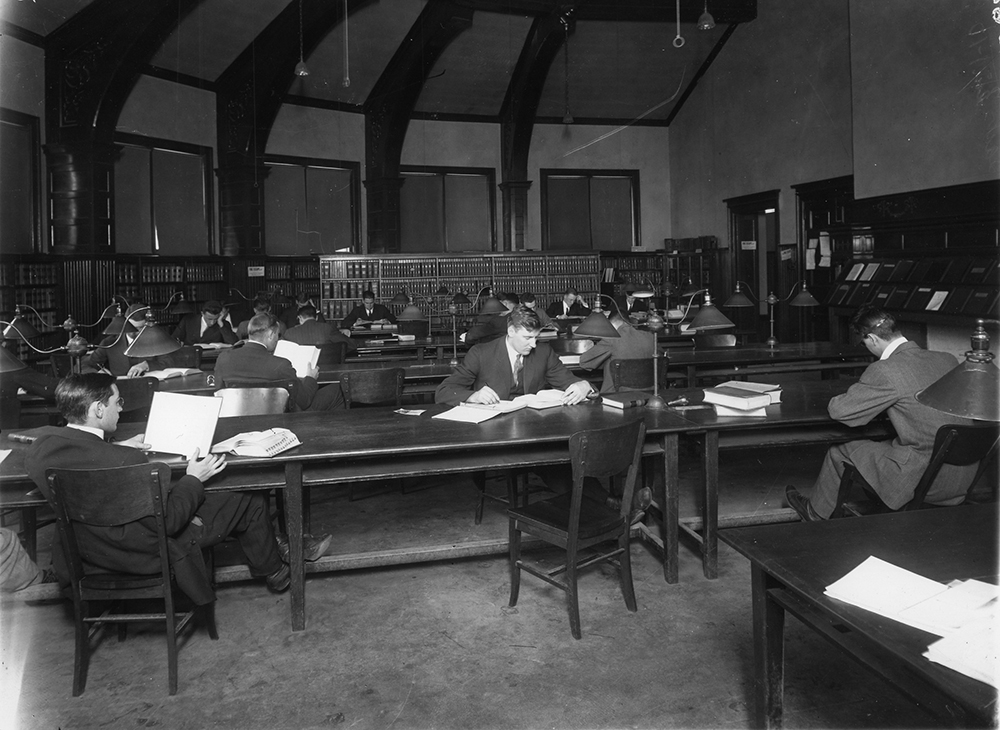 Law Library Reading Room in 1914