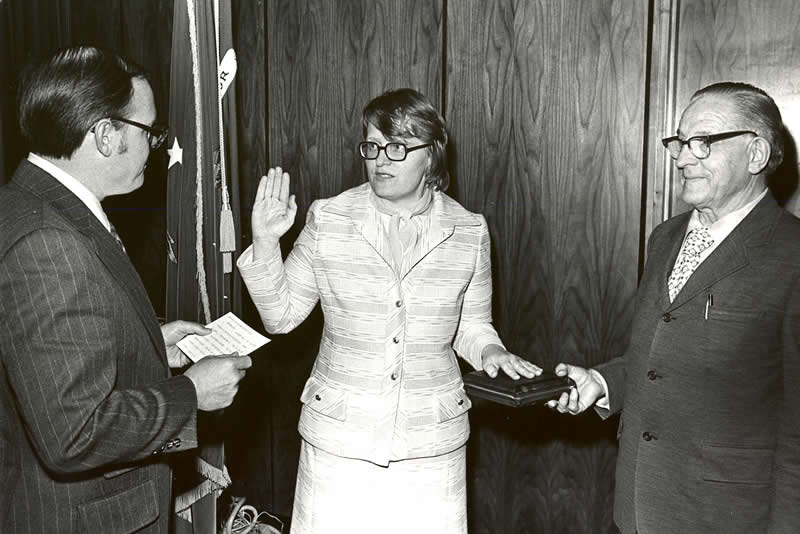 Carin Clauss swears in